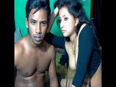 Download romantic video category cam_porn (1774 sec). srilankan Muslim couple  private show.